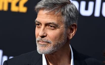 Estradata dalla Thailandia la donna che truffò George Clooney