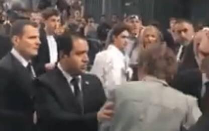 Fidanzato di Kate Moss cacciato dalla sfilata, scambiato per un fan