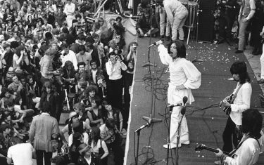 0GettyImages-Rolling_stones_Hyde_Park