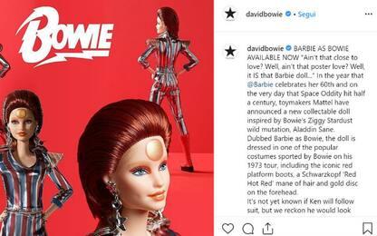 Barbie diventa David Bowie per i 50 anni di Space Oddity