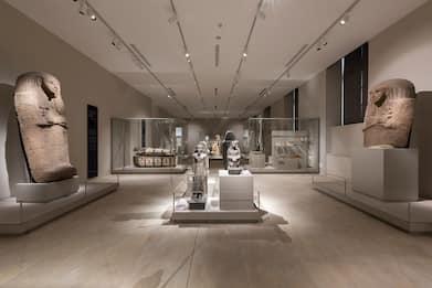 Coronavirus, l'Italia che resiste: riapre il museo Egizio di Torino