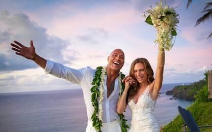 """Dwayne """"The Rock"""" Johnson, matrimonio a sorpresa con Lauren Hashian"""