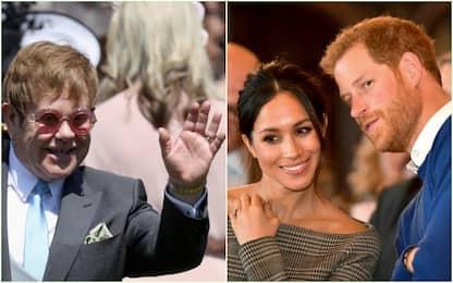 """""""Troppi jet privati"""": Elton John difende Harry e Meghan"""