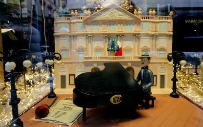 """A Milano una torta per celebrare la """"Tosca"""" alla Scala"""