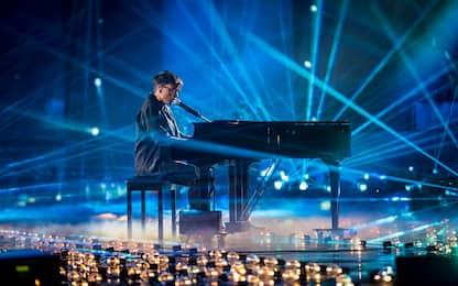 X Factor 2019, Ultimo emoziona tutti con il suo medley. FOTO