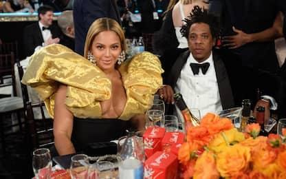 Beyoncé e Jay-Z si portano lo champagne da casa ai Golden Globe 2020
