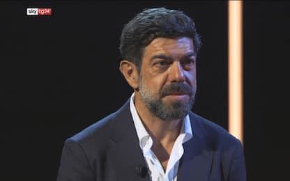 """Favino si racconta a Sky TG24: """"Senza ironia impossibile recitare"""""""