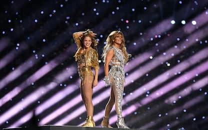 Super Bowl 2020, show di Shakira e Jennifer Lopez. FOTO