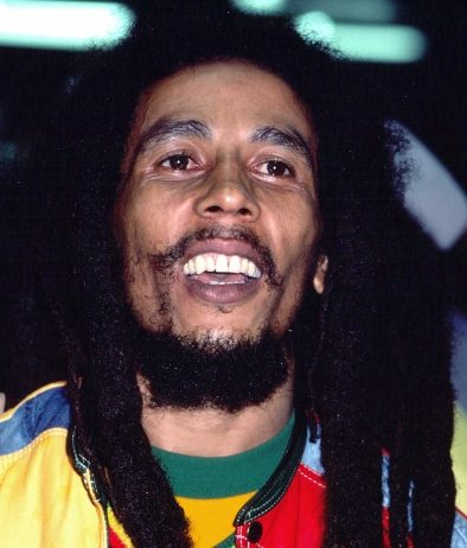 Occhiali giamaicano bob Marley con capelli e barba
