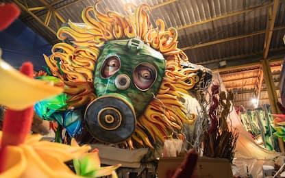 Carnevale di Sciacca 2020, i preparativi dei carri. FOTO