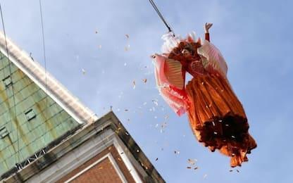 Carnevale di Venezia, in 30mila per il volo dell'Angelo