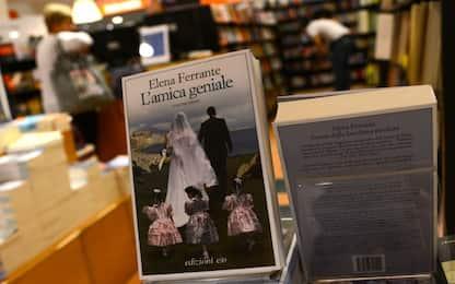 Tutti i libri di Elena Ferrante. FOTO
