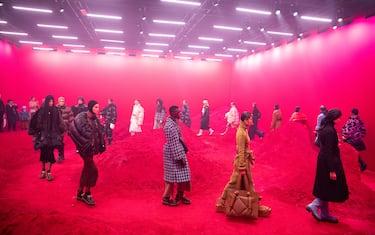 0GettyImages-moncler-genius-milano-fashion-week-2020