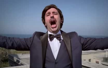 """Coronavirus, Checco Zalone canta """"L'immunità di gregge"""". VIDEO"""
