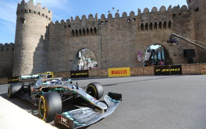 Formula 1, Gp Baku: Bottas trionfa davanti a Hamilton e Vettel VIDEO
