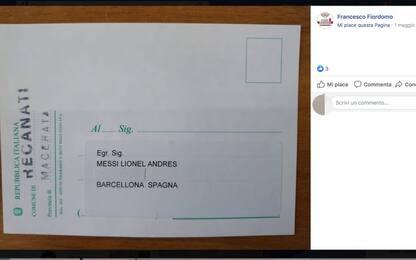 Recanati, ufficio elettorale invia a Leo Messi la cartolina per votare