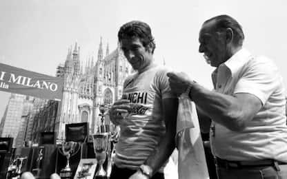 Addio a Felice Gimondi, le foto simbolo della carriera. FOTO