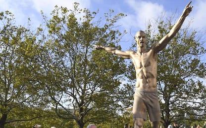 Svezia, Malmö dedica una statua a Ibrahimovic. FOTO