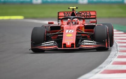 F1, Gp Messico: Verstappen penalizzato, pole a Leclerc