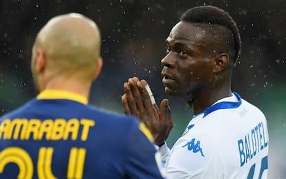 """Cori razzisti, Balotelli: """"Non ho accusato Verona ma pochi scemi"""""""