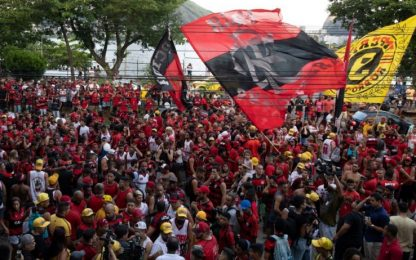Brasile, scontri polizia-tifosi Flamengo durante feste club VIDEO