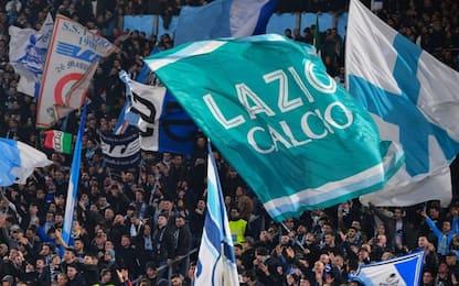 Calcio, derby Roma-Lazio: tifoso biancoceleste ferito con bottigliata