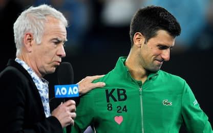 Australian Open, Djokovic ricorda Kobe Bryant. FOTO