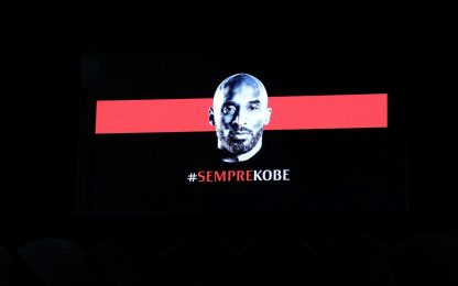 Milan-Torino, l'omaggio di San Siro a Kobe Bryant. FOTO