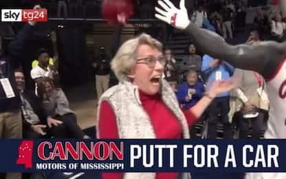 Usa, 84enne mette a segno colpo golf perfetto. VIDEO