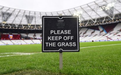 Coronavirus, in Inghilterra sospesa la Premier League