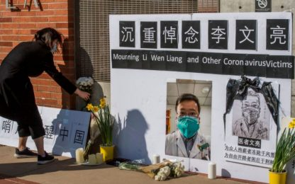 Coronavirus, Cina: fu un errore punire il medico cinese Li Wenliang