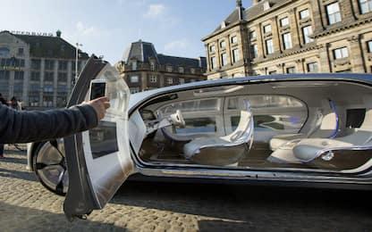Volvo il robo-taxi che promette di sfidare treni e aerei