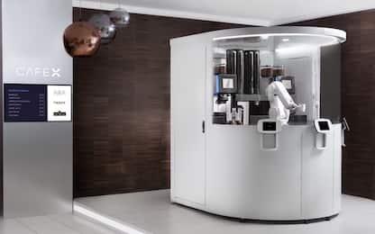 Stati Uniti, a San Francisco apre un bar dove il caffè lo fa un robot