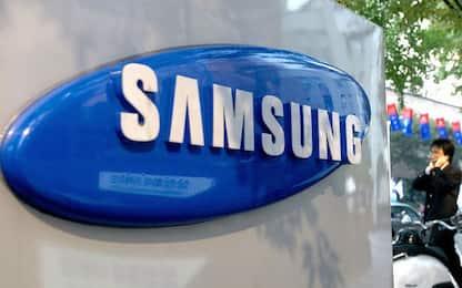 """Class action contro Samsung per memoria """"bugiarda"""" degli smartphone"""