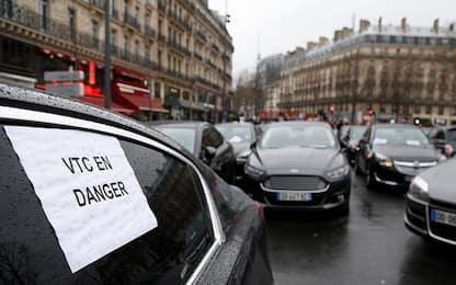Adultero smascherato grazie a Uber chiede 45 milioni di danni
