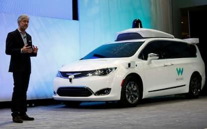 Auto a guida autonoma, Google fa causa a Uber