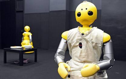 Ogni robot vale 6 posti di lavoro. E taglia anche le buste paga
