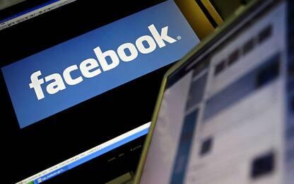 Regno Unito, Facebook chiude migliaia di account con fake news