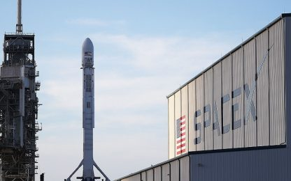 Internet via satellite: SpaceX pronta ai primi lanci