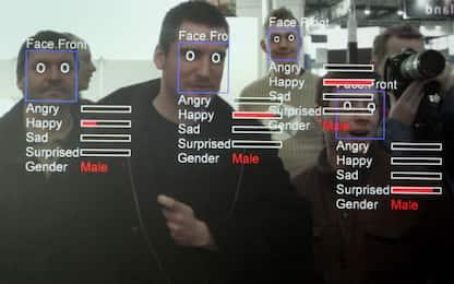 Rubata lista clienti di Clearview, app per il riconoscimento facciale