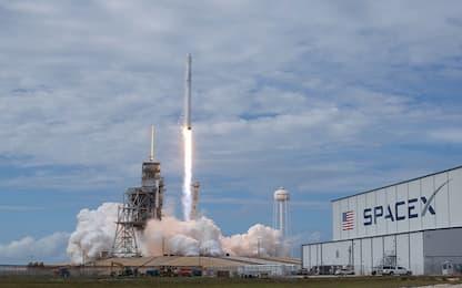 SpaceX testa il razzo Falcon 9: a febbraio primo volo per Crew Dragon