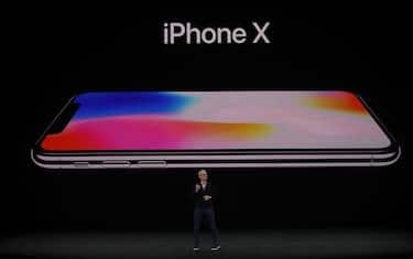 GettyImages_iPhoneX_presentazione
