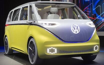 Rivive il mito del furgoncino Volkswagen: nuovo minivan sarà elettrico