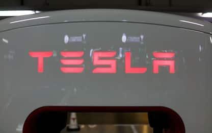 Tesla, Elon Musk annuncia auto elettrica low cost da 25mila dollari