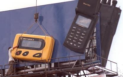 StarTac compie 22 anni, tra i primi telefonini davvero portatili