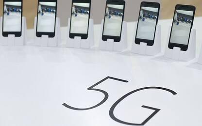 Oppo, le novità in cantiere: smartphone 5G e zoom ottico 10x