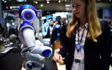 GettyImages-Cebit-Robot-Tecnologia
