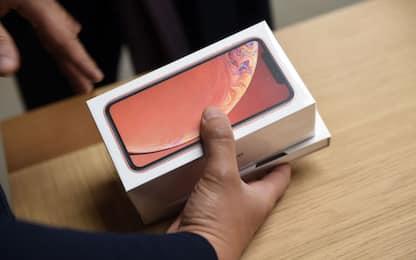 Apple: tagli del 10% alla produzione dei nuovi iPhone per inizio 2019