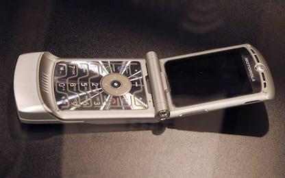 Motorola rilancia Razr: sarà uno smartphone con display flessibile
