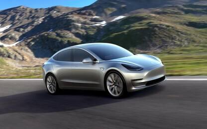 Tesla Model 3, a giugno 2019 è stata l'auto elettrica più venduta